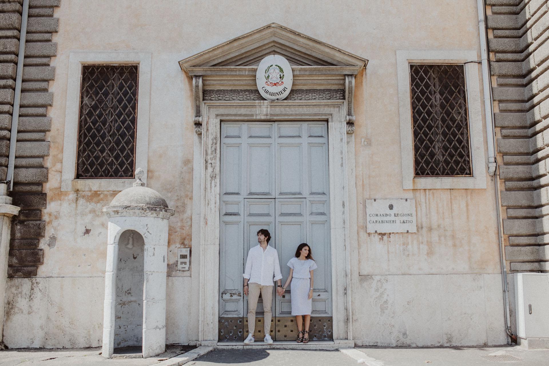coupleshooting-roma-hochzeitsfotografen-wien-agnesundandi-1